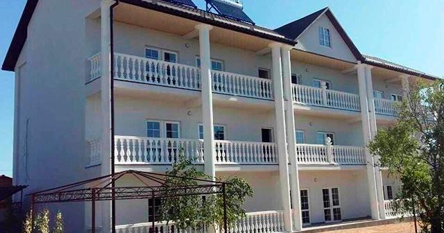 Отель «Азовский Дворик»